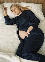 Бессонница на ранних и поздних сроках беременности