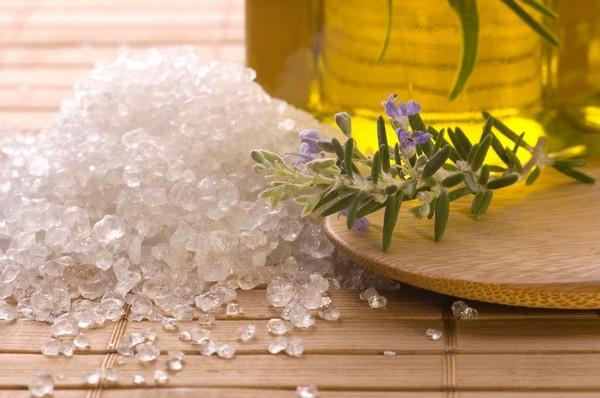інгаляції проти болю в горлі на основі солі моря