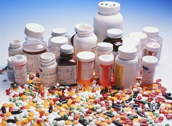 ліки - причина прищів в області грудей