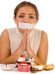 Відмовитися від солодкої і жирної їжі