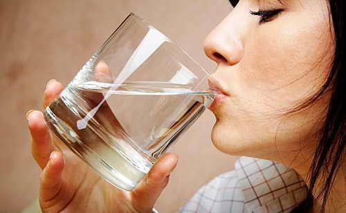 більше пити рідини для позбавлення слизу в носоглотці