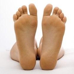 сильно пітніють ноги, що робити